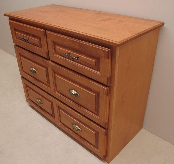 Custom Bedroom Cabinets & Furniture